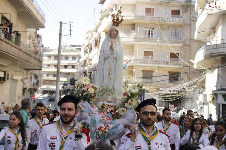 Церковная процессия в сирийском Алеппо